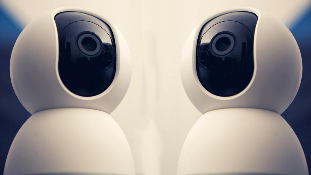 PTZ Kameras sind ferngesteuerte Kameras – der Kameramann muss nicht direkt im Raum hinter der Kamera sein.
